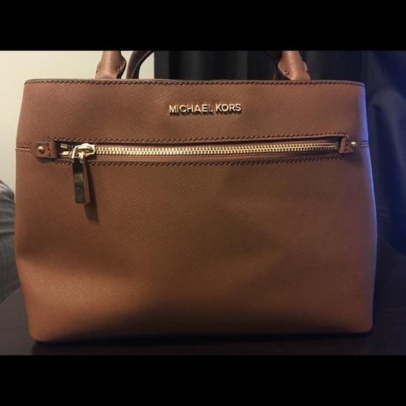 Michael Kors Handbags - Michael Kors Acorn Medium Satchel